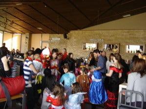 Αθλητική Κολυμβητική Ακαδημία Καρδίτσας - Αποκριάτικο πάρτυ και κοπή της πρωτοχρονιάτικης πίτας της Α.Κ.Α.Κ. & του ΑΣΚ Ολυμπιακός