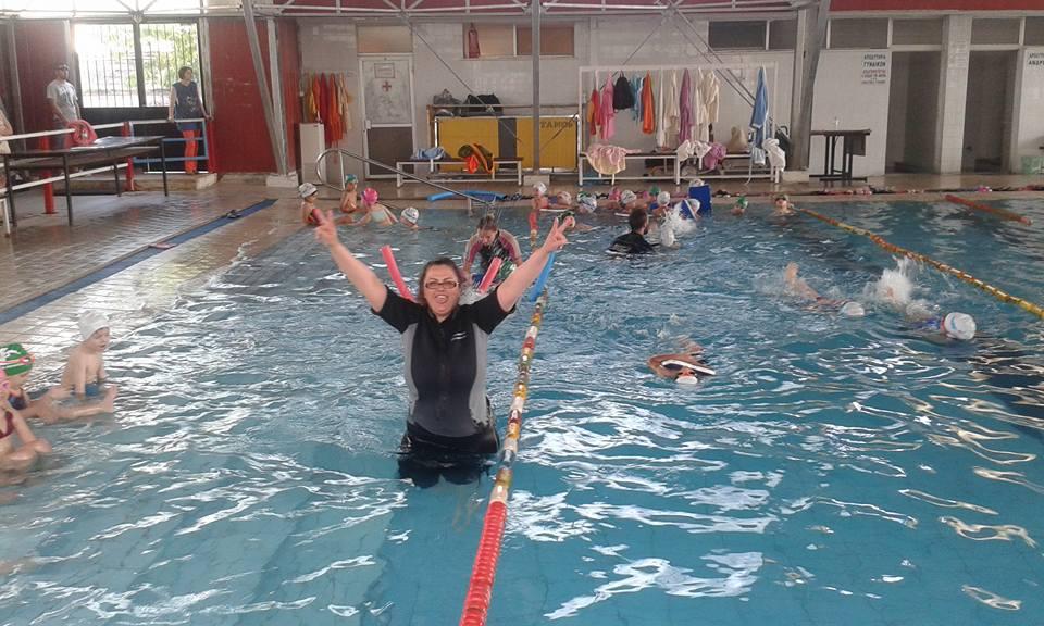 Το μάθημα στη μικρή πισίνα…Στιγμές χαράς!!!!