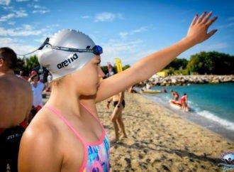 Έντονο αγωνιστικά το φετινό καλοκαίρι για την αθλήτρια της ΑΚΑΚ Άρτεμης Ζαρκαδούλα